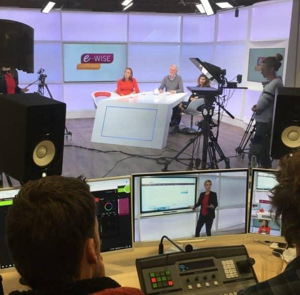 Jobcast een Live uitzending webinar vanuit studio met 3 personen